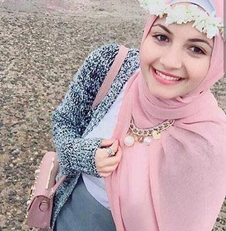زكية من مصر
